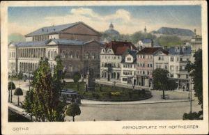 Ak Gotha im Thüringer Becken, Arnoldiplatz mit Hoftheater, Straßenbahn