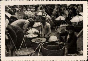 Foto Vietnam, Marktszene, Marktstände, Vietnamesen, Händler