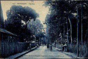 Ak Mananjary Madagaskar, Une Rue, Straßenpartie