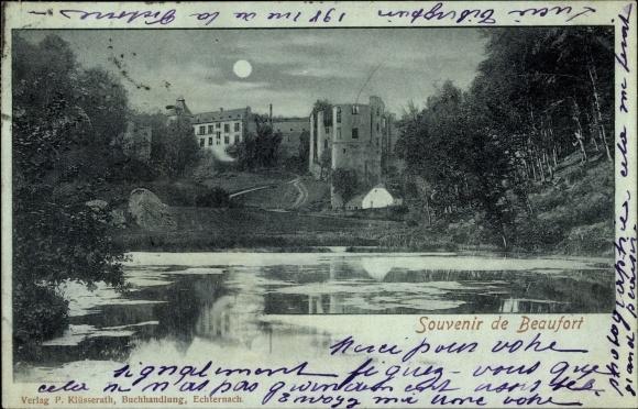 Mondschein Ak Beaufort Luxemburg, Blick über den Teich, Gebäude