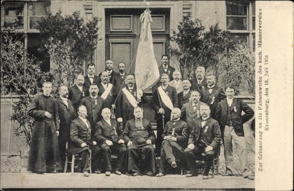 Ak Cronenbourg Kronenburg Elsass Bas Rhin, Fahnenweihe des kath. Männervereins 1904