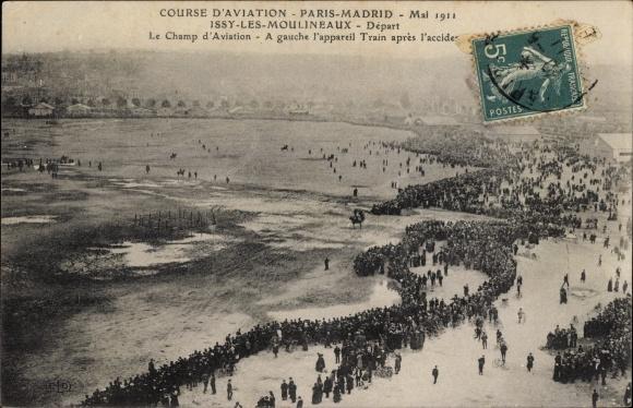 Ak Issy les Moulineaux Hauts de Seine, Course d'Aviation, Paris-Madrid 1911, Champ d'Aviation