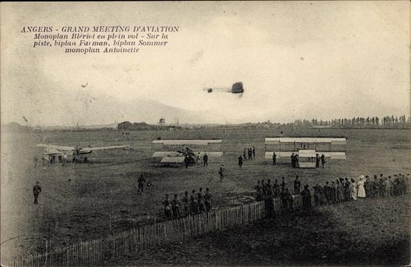 Ak Angers, Meeting d'Aviation, Monoplan Blériot, biplan Farman, biplan Sommer, monoplan Antoinette