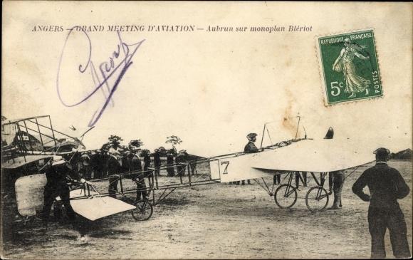 Ak Angers Maine et Loire, Grand Meeting d'Aviation, Aubrun sur monoplan Blériot