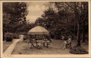Ak Ostseebad Bansin Heringsdorf auf Usedom, Dr. Freitags Töchterheim, Partie im Garten