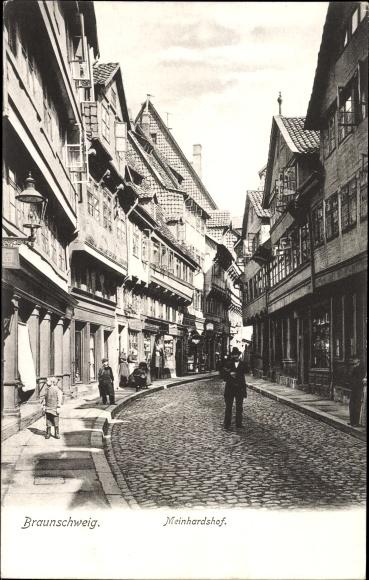 Ak Braunschweig in Niedersachsen, Meinhardshof, Straßenpartie in der Stadt