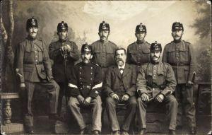 Foto Ak Deutsche Soldaten in Uniformen, Gruppenportrait, Schützen oder Jäger, I. WK