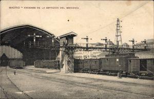 Ak Madrid Spanien, Andenes de la Estacion del Mediodia, Bahnhof