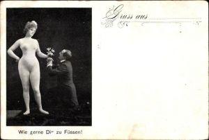 Ak Wie gerne Dir zu Füßen, Mann kniet vor einer Frau, Ganzkörperstrumpf