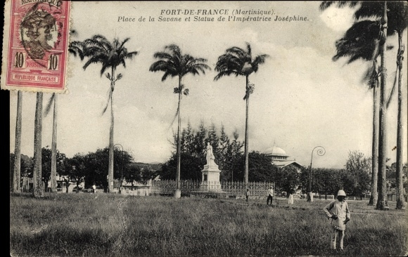 Ak Fort de France Martinique, Place de la Savane et Statue de l'Imperatrice Josephine