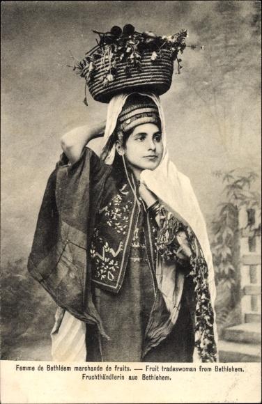 Ak Betlehem Palästina, Femme marchande de fruits, Früchteverkäuferin, Portrait