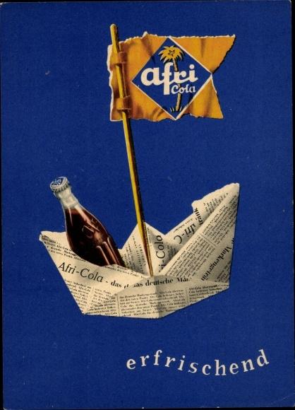 Künstler Ak Afri Cola, erfrischend, Papierschiffchen aus einer Zeitung