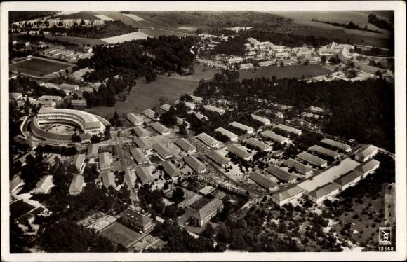 Ak Elstal Wustermark Brandenburg, Fliegeraufnahme vom Olympischen Dorf, Klinke & Co. 13568