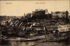 Ak Bautzen in der Lausitz, Blick zum Schloss Ortenburg, Stadt