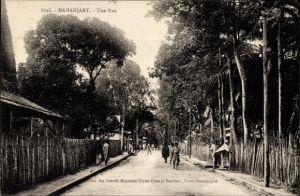 Ak Mananjary Madagaskar, Une Rue, Straßenpartie, Einheimische
