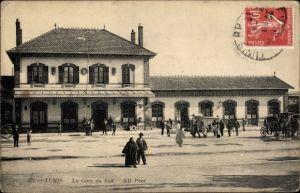 Ak Tunis Tunesien, La Gare du Sud, Blick auf den Bahnhof, Straßenseite