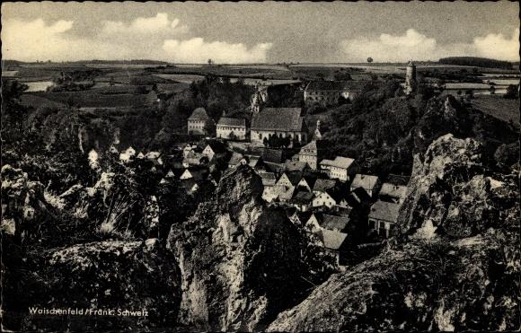 Ak Waischenfeld in der Fränkischen Schweiz Bayern, Blick vom Felsen zum Ort