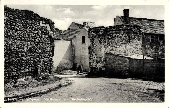 Ak Fürstenwalde an der Spree, Stadtmauer am Niederlagetor