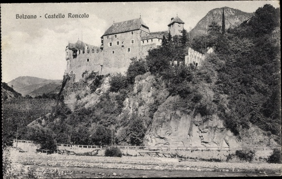Ak Bozen Bolzano Südtirol, Castello Roncolo, Blick zur Burg