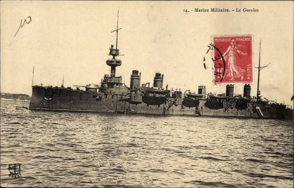 Ak Französisches Kriegsschiff, Le Gueydon, Cuirassé, Marine Militaire Francaise