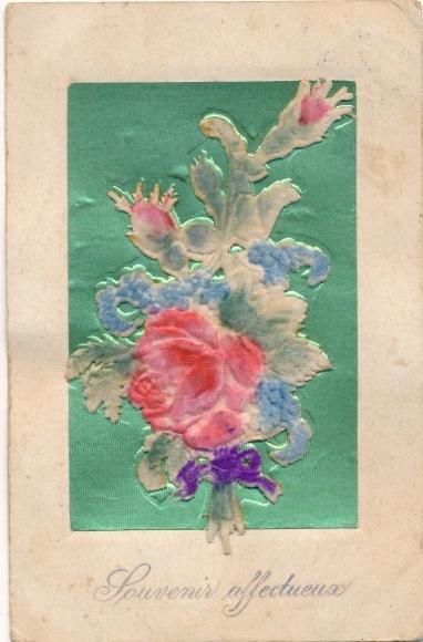Samt Relief Ak Souvenir affectueux, Blumenstrauß mit Rosen, Schleife