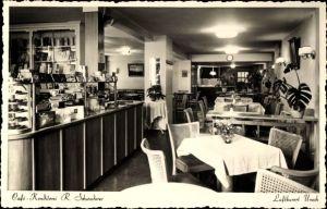 Foto Ak Bad Urach in der Schwäbischen Alb, Cafe Konditorei R. Schwaderer, Innenansicht, Tresen