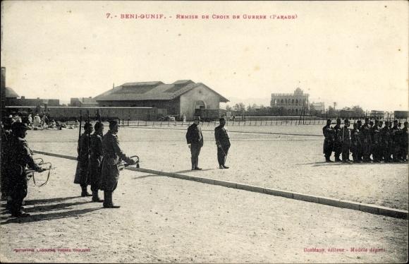 Ak Beni Ounif Algerien, Remise de Croix de Guerre, Parade, Militärparade