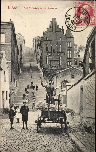 Ak Liège Lüttich Wallonien, La Montagne de Bueren, Straßenpartie