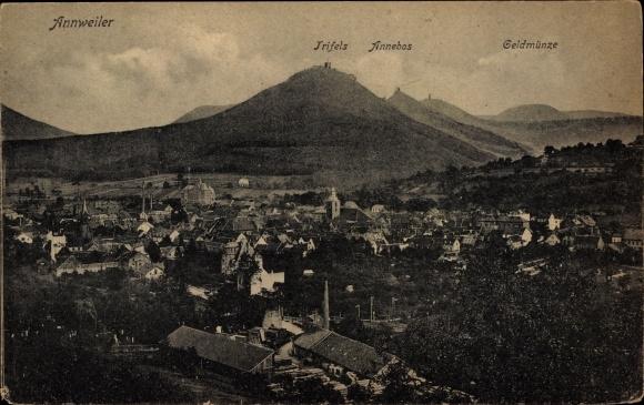 Ak Annweiler im Kreis Südliche Weinstraße, Panorama mit Trifels, Annebos und Geldmünze