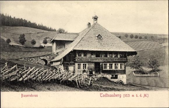 Ak Todtnau im Südschwarzwald Kreis Lörrach, Bauernhaus auf dem Todtnauberg