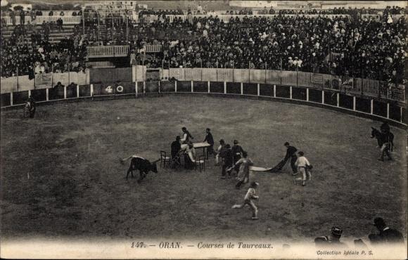 Ak Oran Algerien, Courses de Taureaux, Stierkampf, Zuschauer, Collection Idéale P.S.