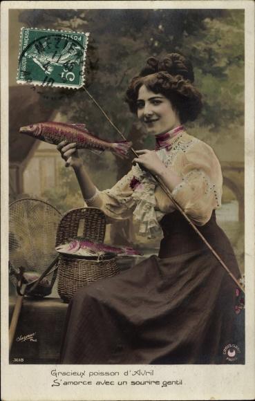 Ak 1. April, 1er Avril, Frau mit Angel und gefangenen Fischen, Gracieux poisson