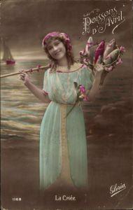 Ak 1. April, 1er Avril, Junge Frau mit Fischen im Kescher, La Criée, Poisson