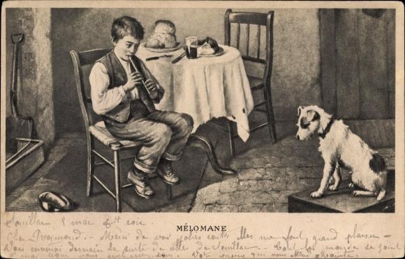 Künstler Ak Mélomane, Junge am Esstisch spielt auf der Flöte, Terrier