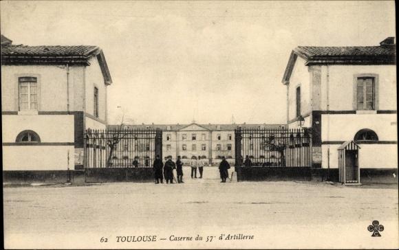 Ak Toulouse Haute Garonne, Caserne du 57e d'Artillerie, Kaserneneingang