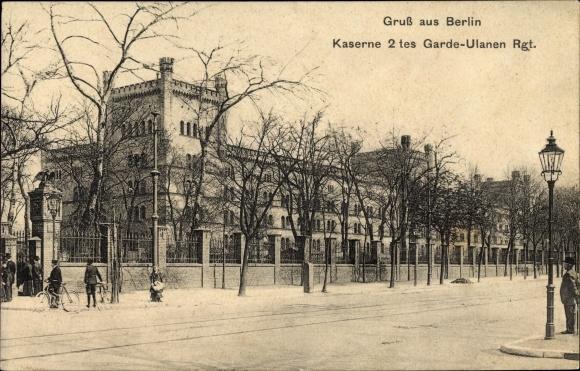 Ak Berlin Tiergarten Moabit, Blick auf die Kaserne des 2. Garde Ulanen Regiments