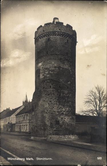 Ak Müncheberg im Kreis Märkisch Oderland, Blick auf den Storchenturm