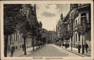 Ak Bochum im Ruhrgebiet, Blick in die Kaiser Wilhelm Straße, Passanten