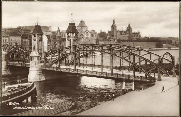 Ak Szczecin Stettin Pommern, Baumbrücke und Hafen, Haus Schifffahrt