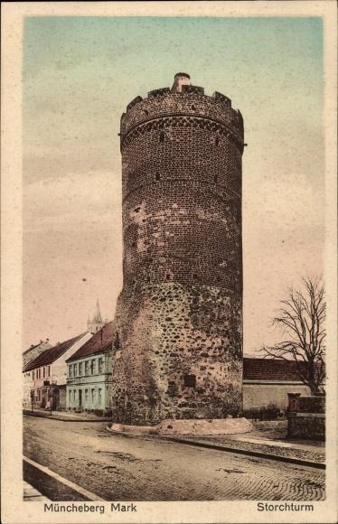 Ak Müncheberg im Kreis Märkisch Oderland, Partie am Storchturm