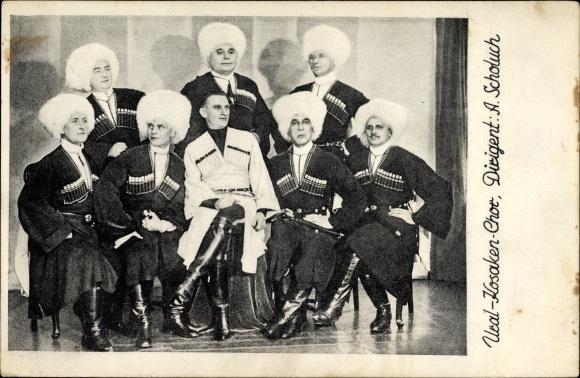 Ak Ural Kosaken Chor, Dirigent A. Scholuch, Gesangsgruppe, Fellmützen