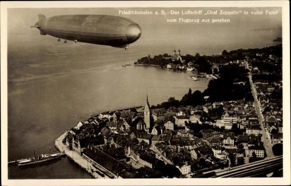 Ak Friedrichshafen am Bodensee, Luftschiff Graf Zeppelin, LZ 127, Fliegeraufnahme