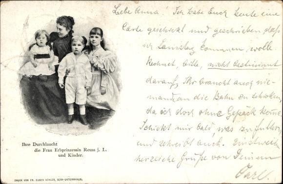 Ak Erbprinzessin Reuss j.L. und Kinder, Portrait