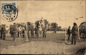 Ak Leichtathlet beim Hochsprung, belgische Soldaten
