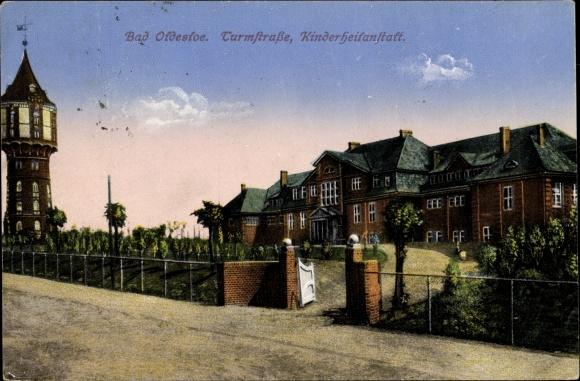 Ak Bad Oldesloe in Schleswig Holstein, Turmstraße und Kinderheilanstalt