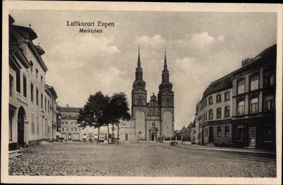 Ak Eupen Wallonien Lüttich, Blick auf den Marktplatz, Tor