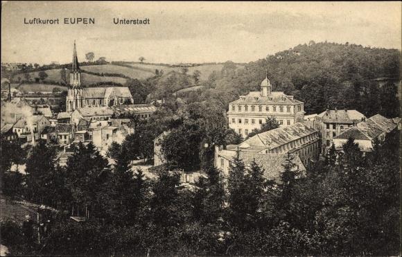 Ak Eupen Wallonien Lüttich, Blick auf die Unterstadt, Glockenturm