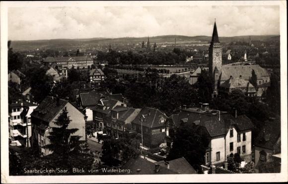 Ak Saarbrücken im Saarland, Blick vom Winterberg auf den Ort