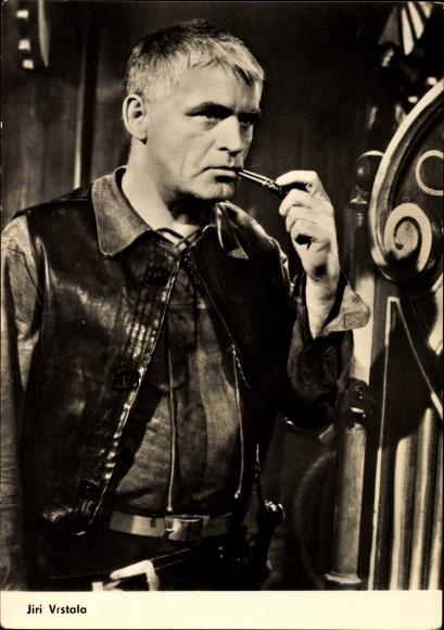Ak Schauspieler Jiri Vrstala, Portrait mit Pfeife, Chronik eines Mordes, Progress Starfoto