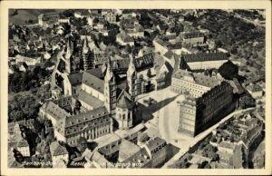 Ak Bamberg an der Regnitz Oberfranken, Fliegeraufnahme von Stadt, Dom und Residenz